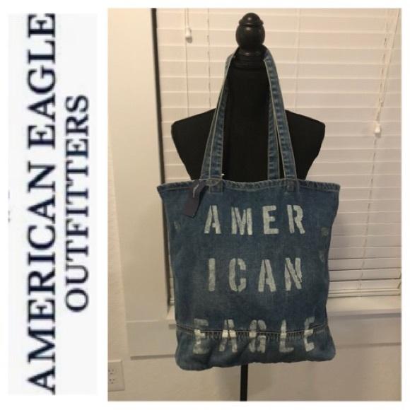 American Eagle Outfitters Handbags - American Eagle 🦅 Tote